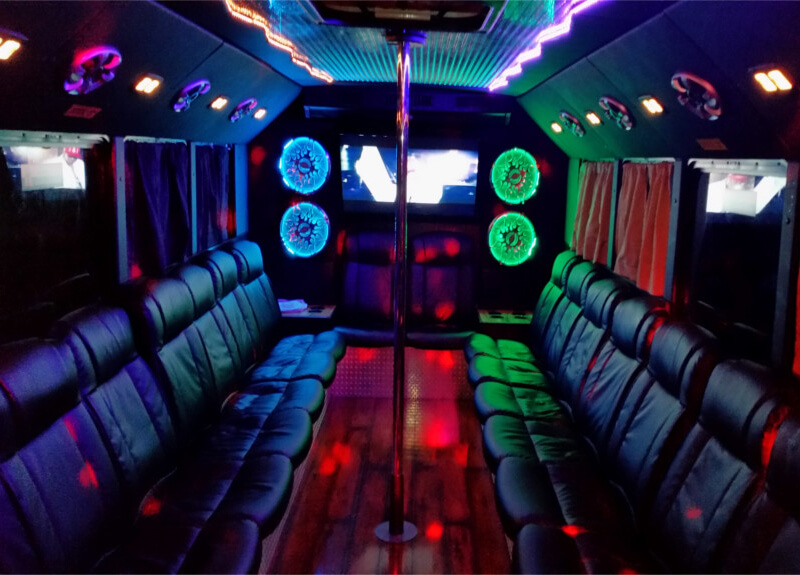 Party Bus The Hottest Trend In Toronto A Walk In My Shoes